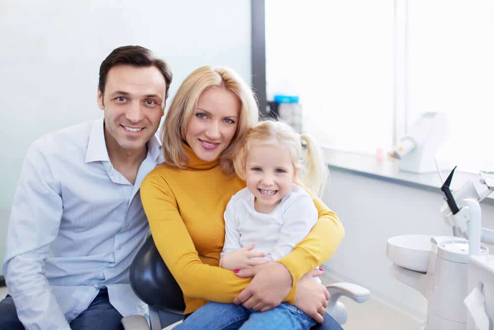 Does a holistic pediatric dentist in Boca Raton do mercury fillings?
