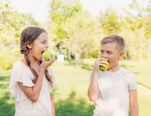 Pediatric Dentist in Palm Beach | What Should My Child Eat?